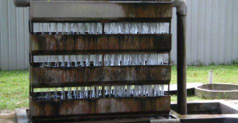 Trickle filter voor Koi vijver: werking en beste filtermateriaal